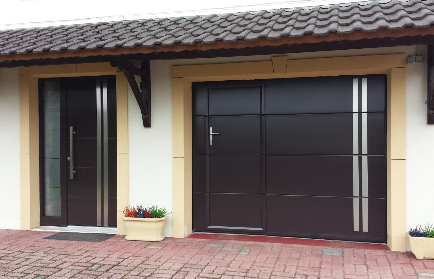 Portes d 39 entr e weigerding for Porte de garage osilys